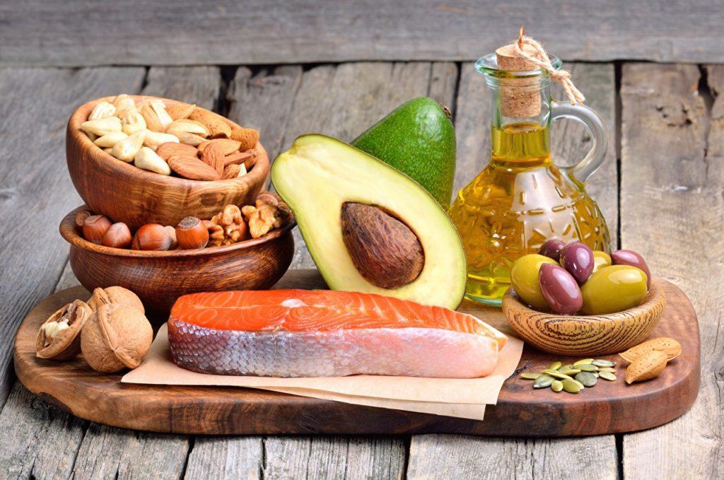 Продукты, понижающие холестерин в крови - борьба с атеросклерозом