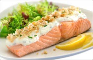 диета кето - меню запеченый лосось с пармезаном и чесноком