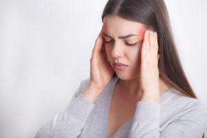 частые головные причины у женщин - мигрень