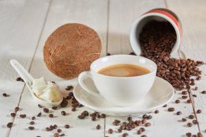 Популярный кето рецепт - пуленепробиваемый бронекофе