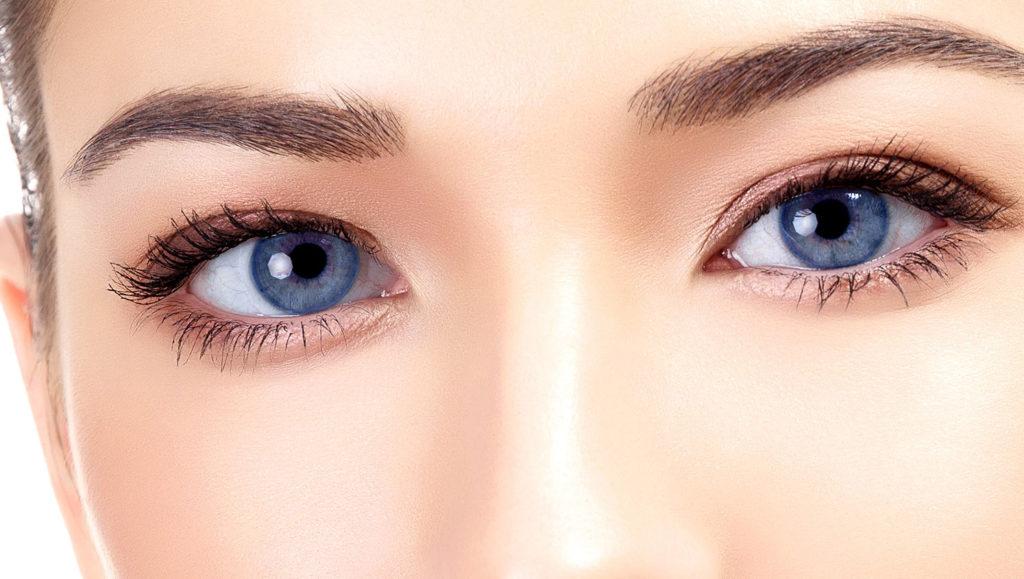 Как убрать синяки и темные круги под глазами - причины и способы